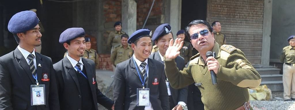 IPS officer Akshay Sachdeva interacting with students during one of his community-based programmes