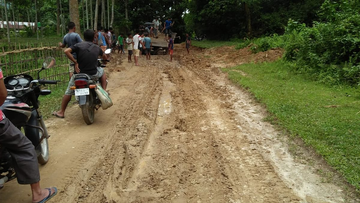 Village road remained in dilapidated condition for over six years