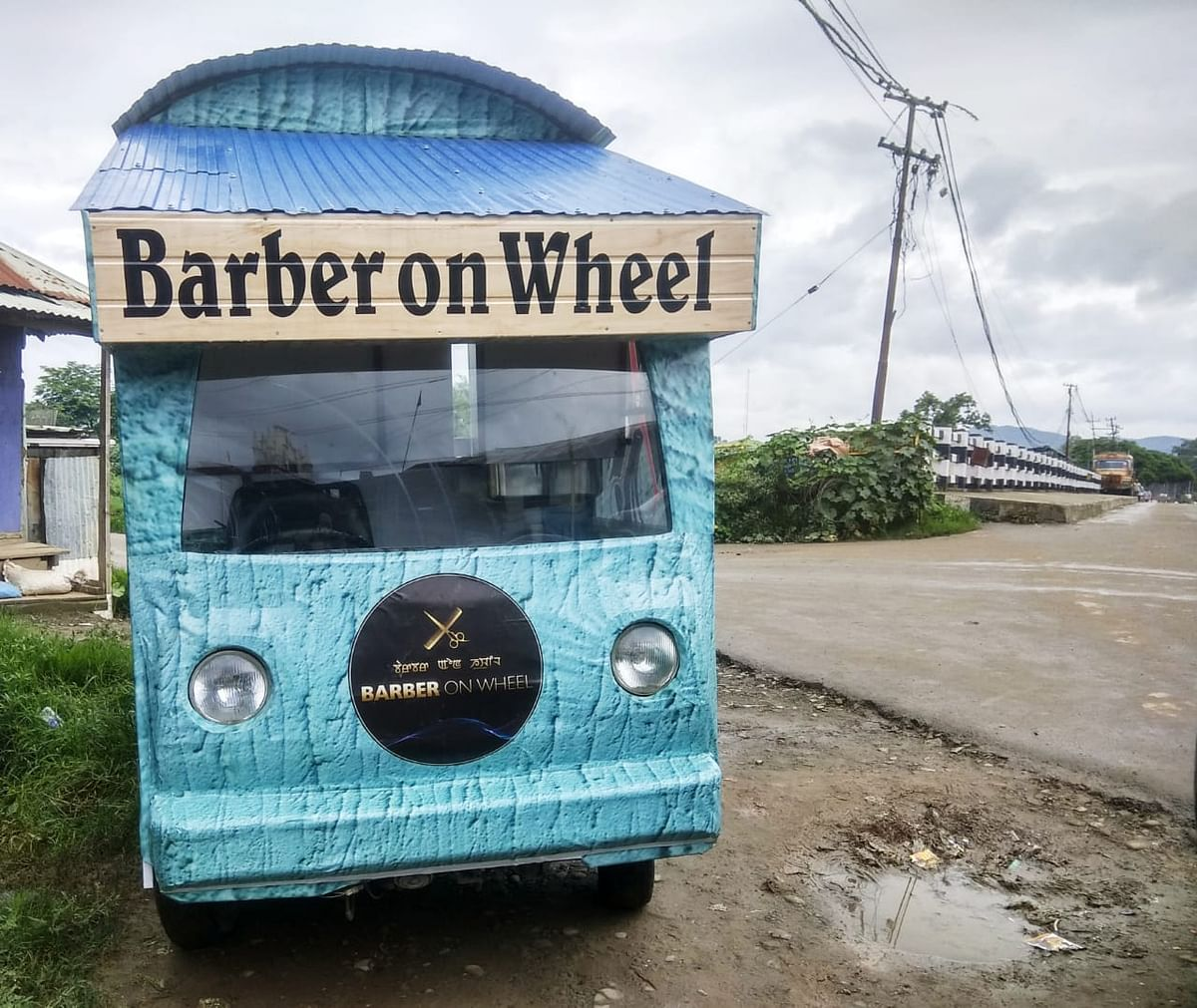 Paonam Sunder Singh and Paonam Prem Singh launched their mobile barbershop 'Barber on Wheel' on July 9