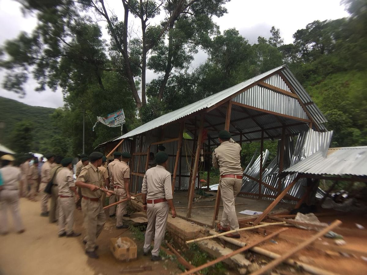 Manipur: 14 shopkeepers evicted from reserve forest area in Imphal