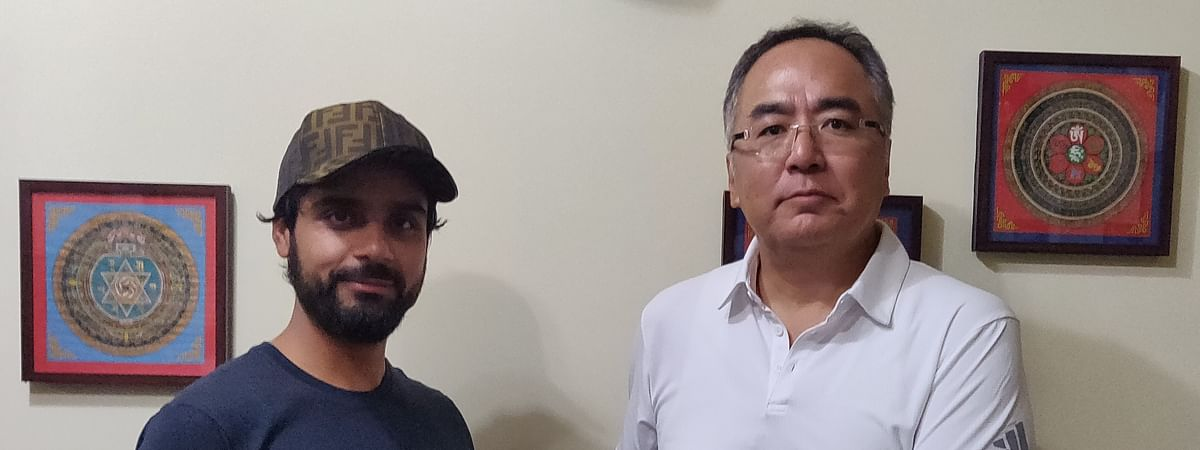 Iqbal Abdullah after signing his contract with SICA