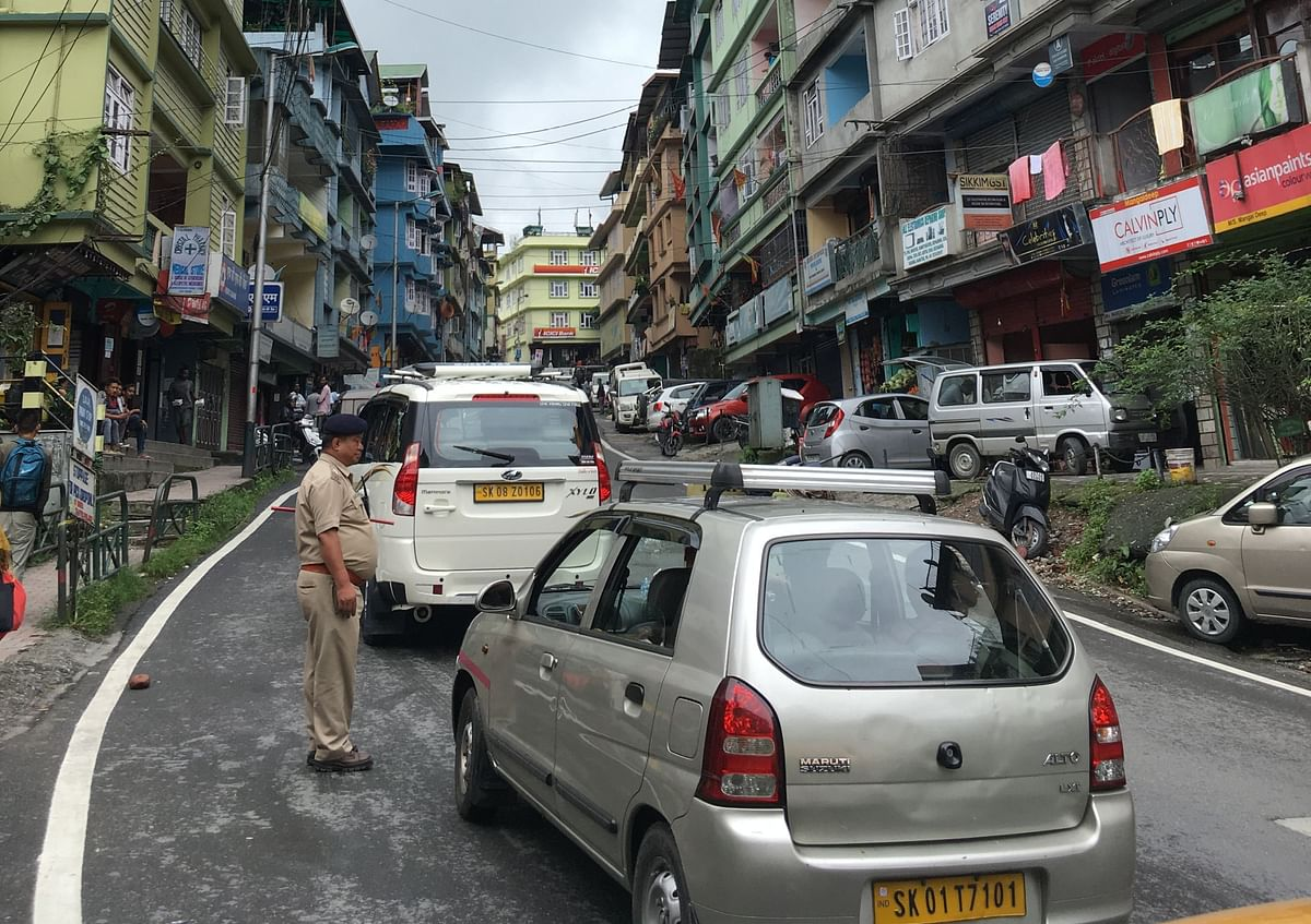 The DIG Range also ensured of taking  tough stand against private vehicles yet asserted that parking spots for private vehicles to be far less along NH-10 in Gangtok