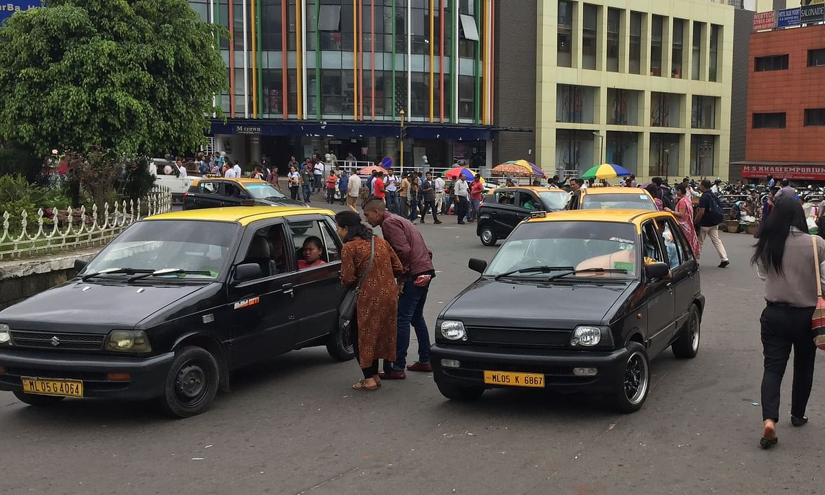 Meghalaya: Shillong cabbies continue to hold commuters to ransom