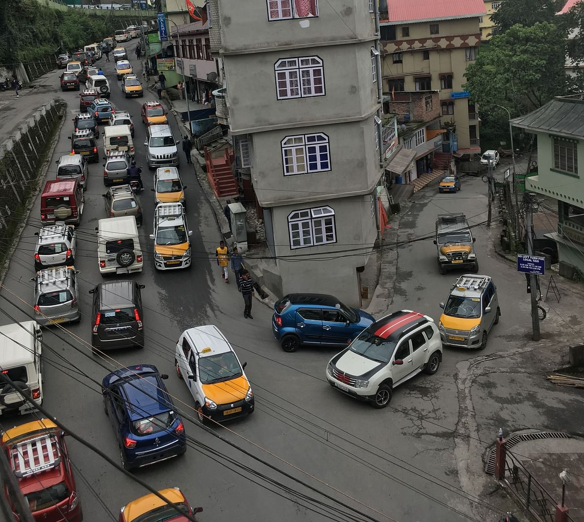 There are merely 7,960 taxis, while the private vehicles are far more with the numbers reaching over 30,000 in East Sikkim alone