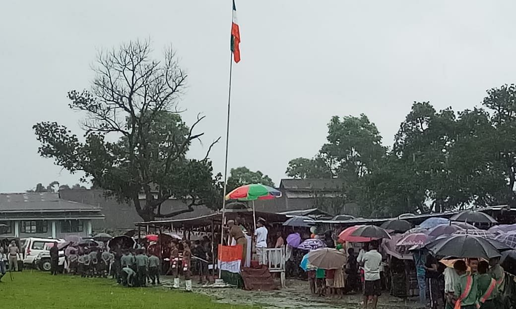 Arunachal: National flag unfurled upside down in Dambuk, probe on