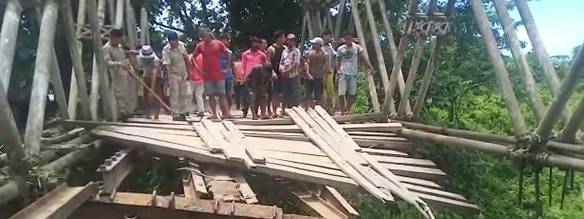 Wooden bridge that connected Assam-Nagaland border in Sonari area collapsed due to negligence of authorities