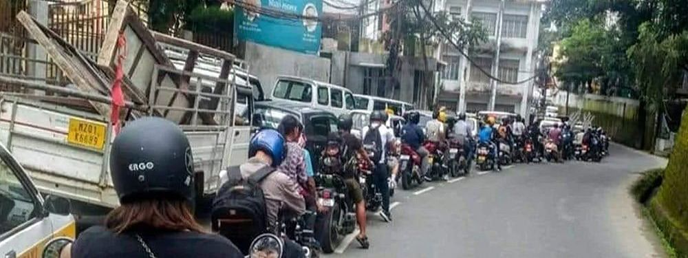 UP Police used a picture of the Aizawl traffic to promote road safety