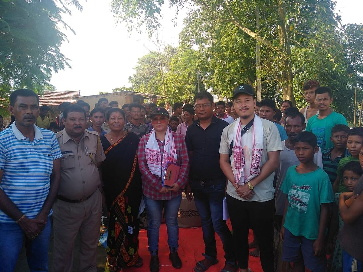 Members of Dimapur 24/7 along with various officials and police personnel after distribution of relief materials