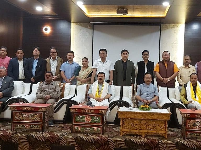 2 'rebel' SDF MLAs switch to SKM, Chamling lone party legislator