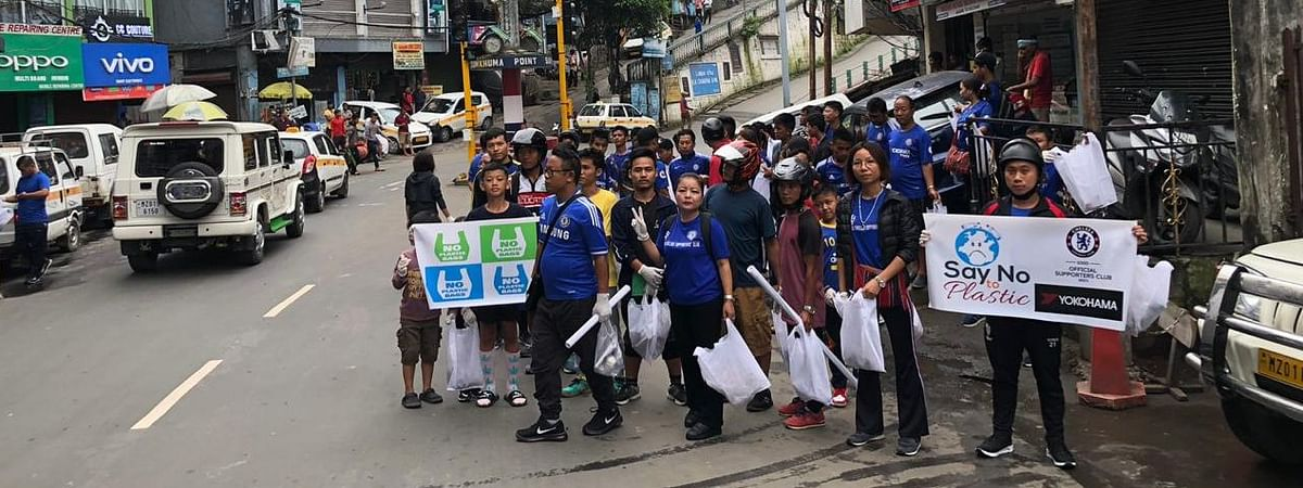 Fans of Chelsea FC taking part in a 'No Plastic Rally' in Aizawl