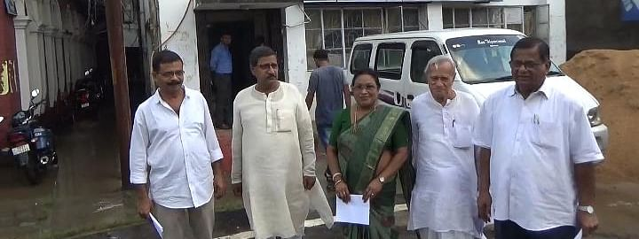 Tripura Left Front delegation after meeting with CEO
