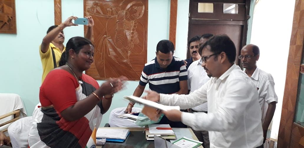 Left Front- CPIM candidate Bulti Biswas filing her nomination papers on Tuesday