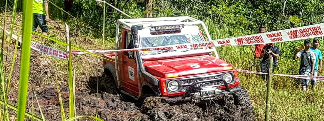 The AHOR 4x4 Off-Road Challenge uses natural terrain as tracks for the event