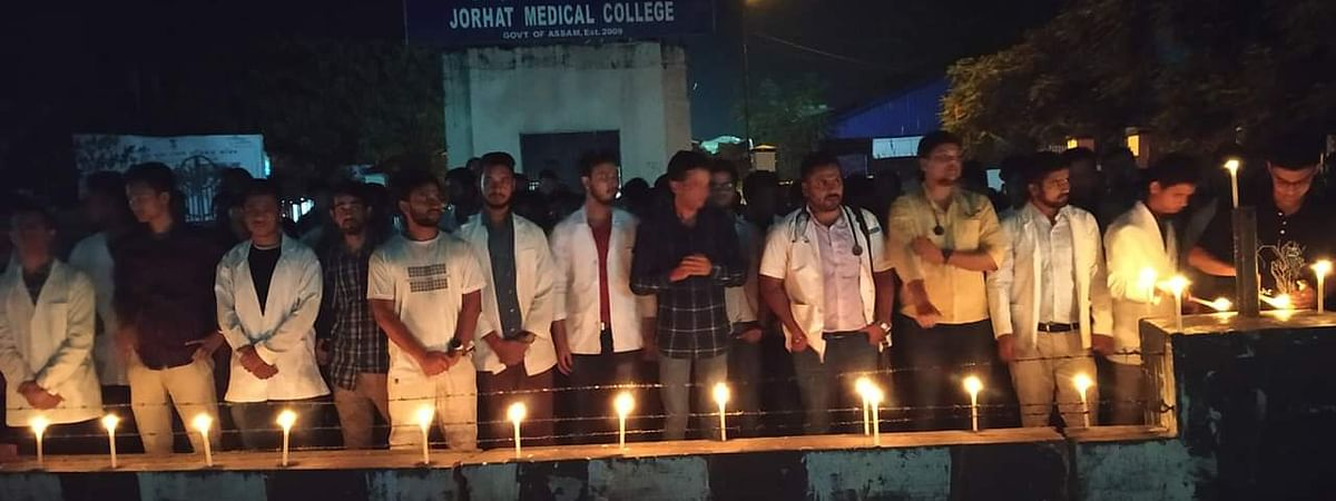 Angry doctors taking out a candlelight March in Jorhat demanding justice against Dr Deben Dutta's killing on August 31