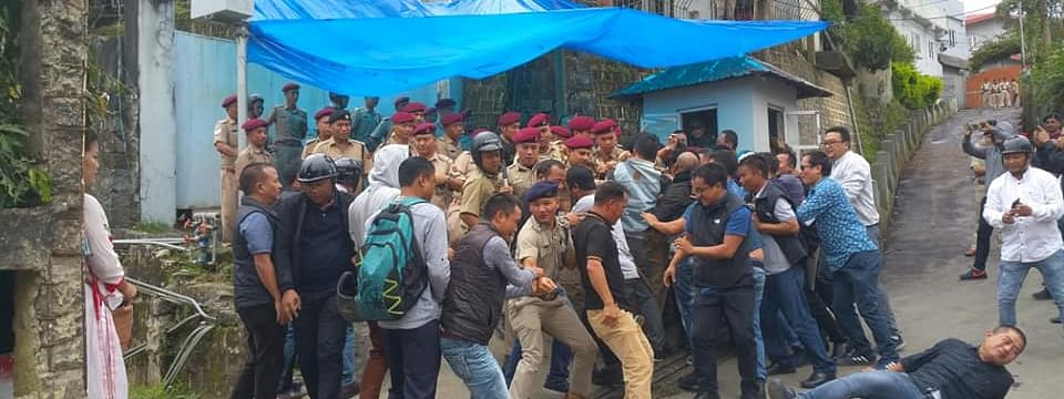 A minor scuffle was reported after the police personnel on duty prevented the youth Congress members from entering into the Mizoram chief minister's office in Aizawl on Friday