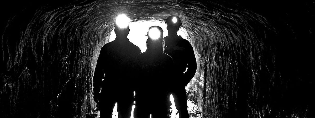 Rescue efforts have failed twice due to poisonous gases at the mouth of the pit