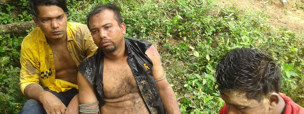 The three soldiers of 11 Rapid Action Battalion of Bangladesh in plain clothes had illegally entered Indian territory on Thursday