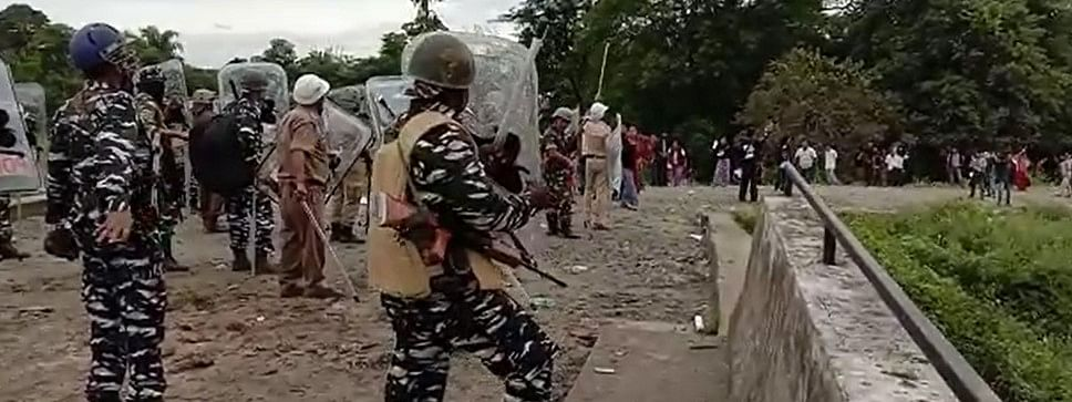 Police personnel resorting to lathicharge and tear gas shells in order to disperse irate protesters in Arunachal Pradesh's Namsai district on Friday