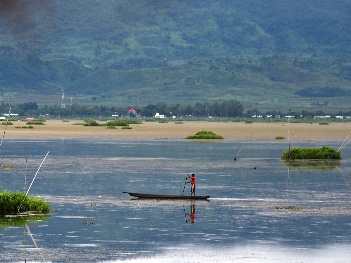 Manipur: Loktak Lake fishermen say no to govt's waterways project