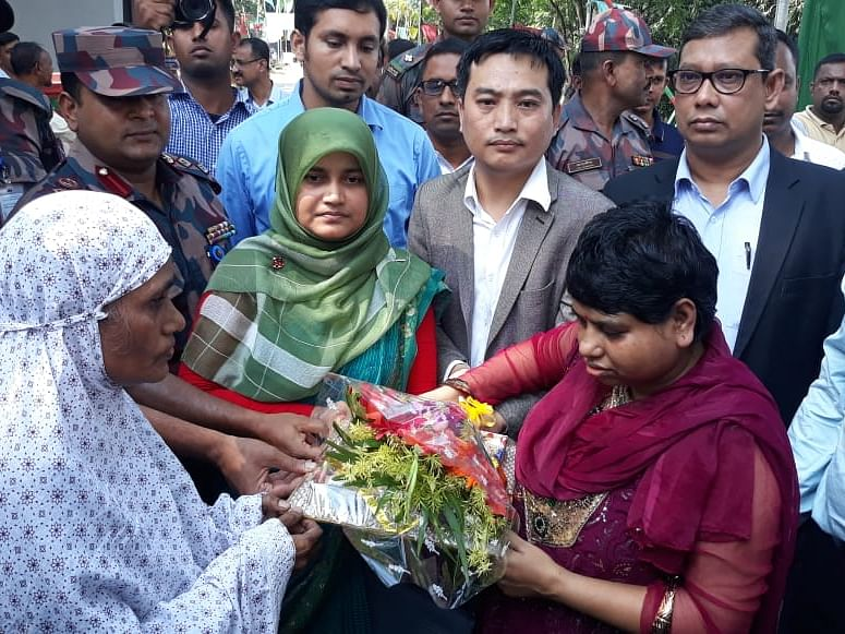 Mentally-ill Bangladeshi girl reunited with mother after 9 years