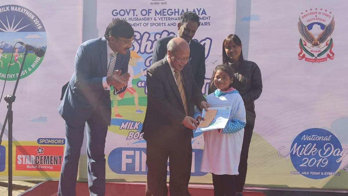 Twelve-year-old girl awarded the most promising athlete