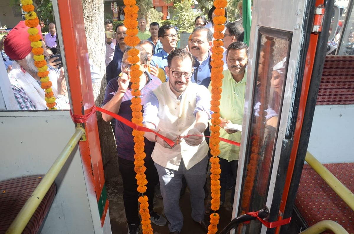 The CNG bus will ply between Dibrugarh town and Mulukgaon