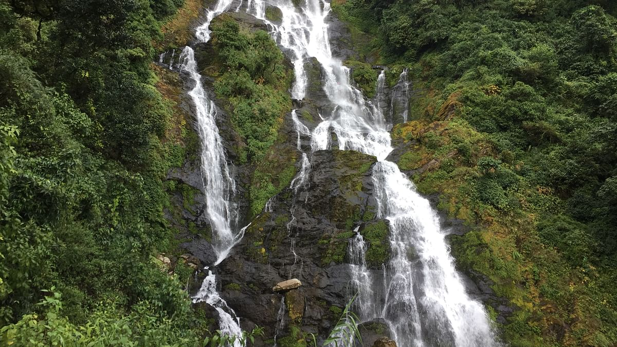 Tilily or Tiluelue waterfall is the highest in Manipur