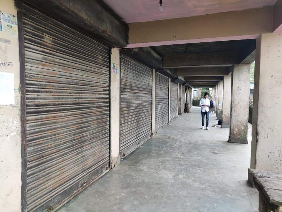 Faithfuls kept  their business establishment closed in protest against the government's decision to convert a burial ground into