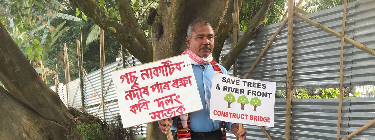 'Forest man of India' Jadav Payeng opposing the state government's plan to cut down trees for a project in Bharalumukh in Guwahati, Assam on Tuesday