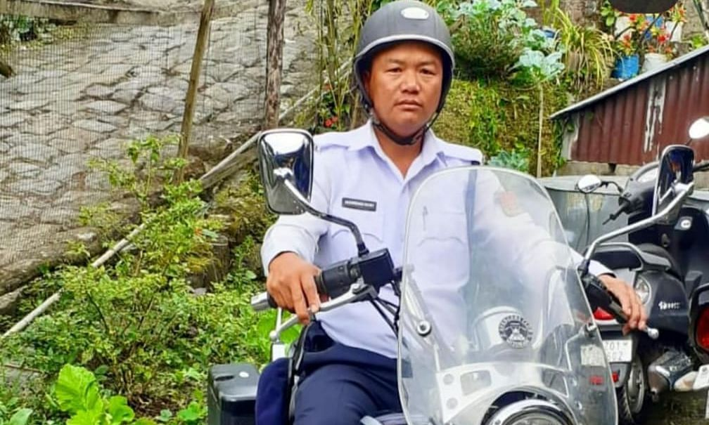 This Mizoram cop's noble act is winning hearts. Here's what he did