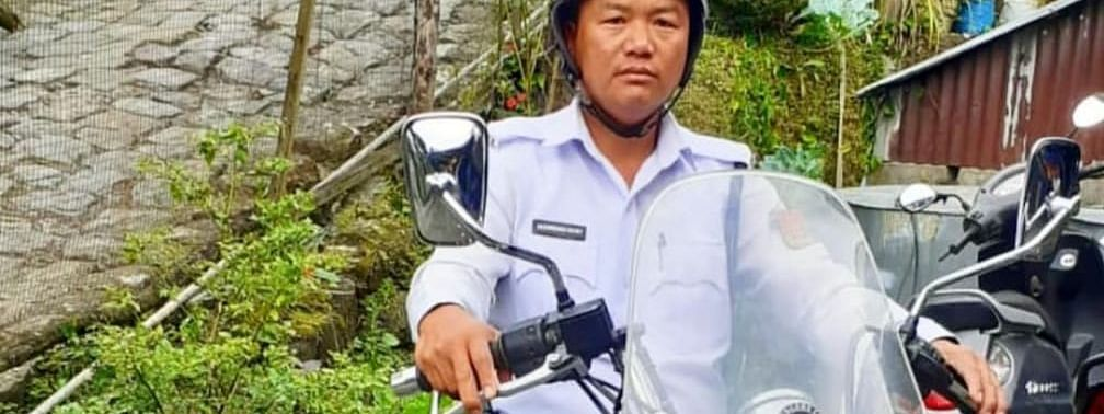 Traffic constable Lalrinmawia Kawlni is a resident of Chawlhhmun locality in Aizawl, Mizoram
