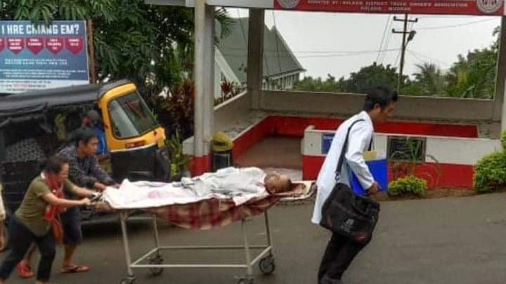 Mizoram doctor helps push patient to recovery room, pic goes viral