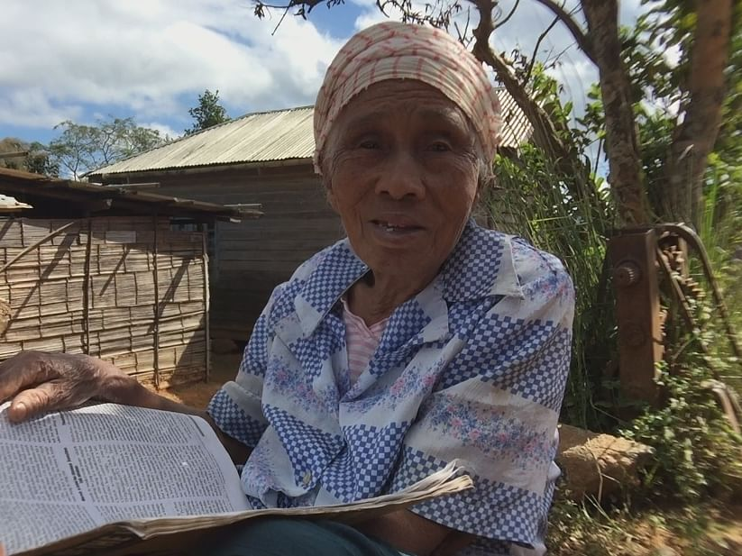 This Manipur octogenarian's thirst for knowledge is awe-inspiring