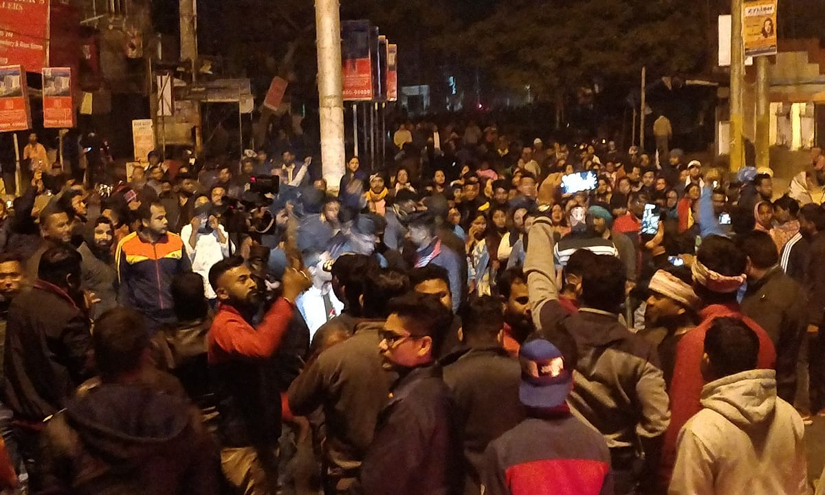 Assam CAB protest: Thousands take out torch rally in Tinsukia