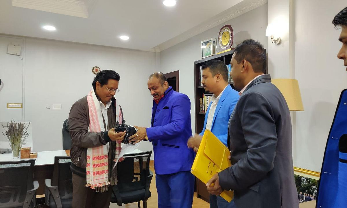 Assam rights group APW bats for '1 ILP in NE', meets Meghalaya CM