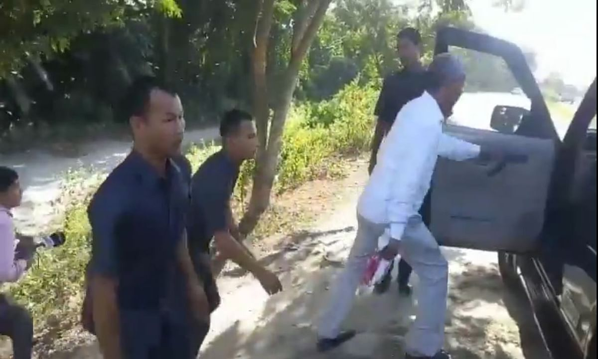 Assam minister flees from meeting to avoid CAB protesters