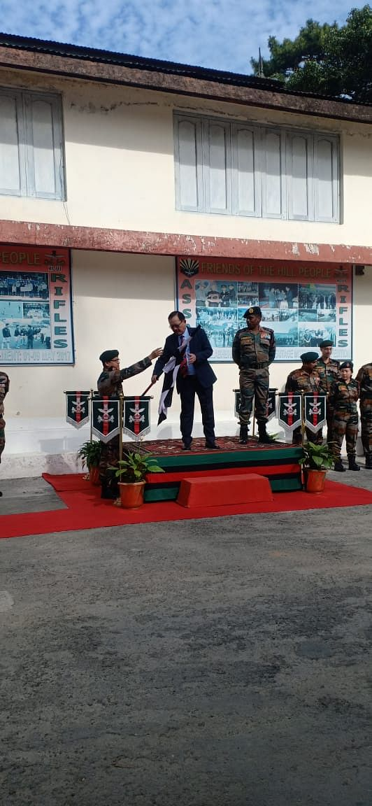 Mizoram home minister Lalchamliana flagging off the contingent of national interactive tour 2019