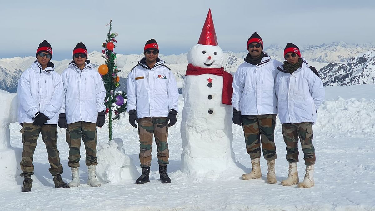 WATCH: Indian Army celebrates Christmas at Siachen Glacier