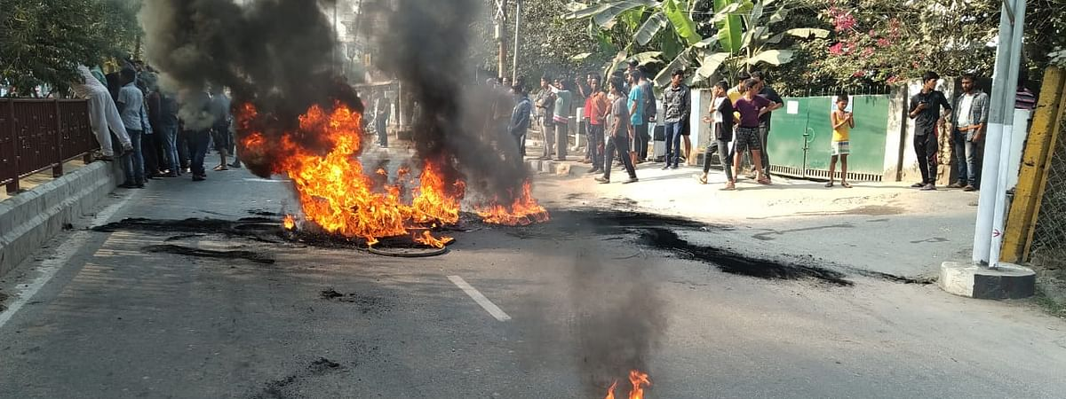 Tyres burnt across Guwahati in protest against CAB