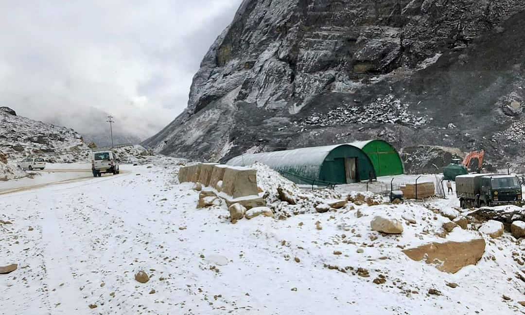 IN PHOTOS: Season's 1st snowfall in North Sikkim | Stunning images