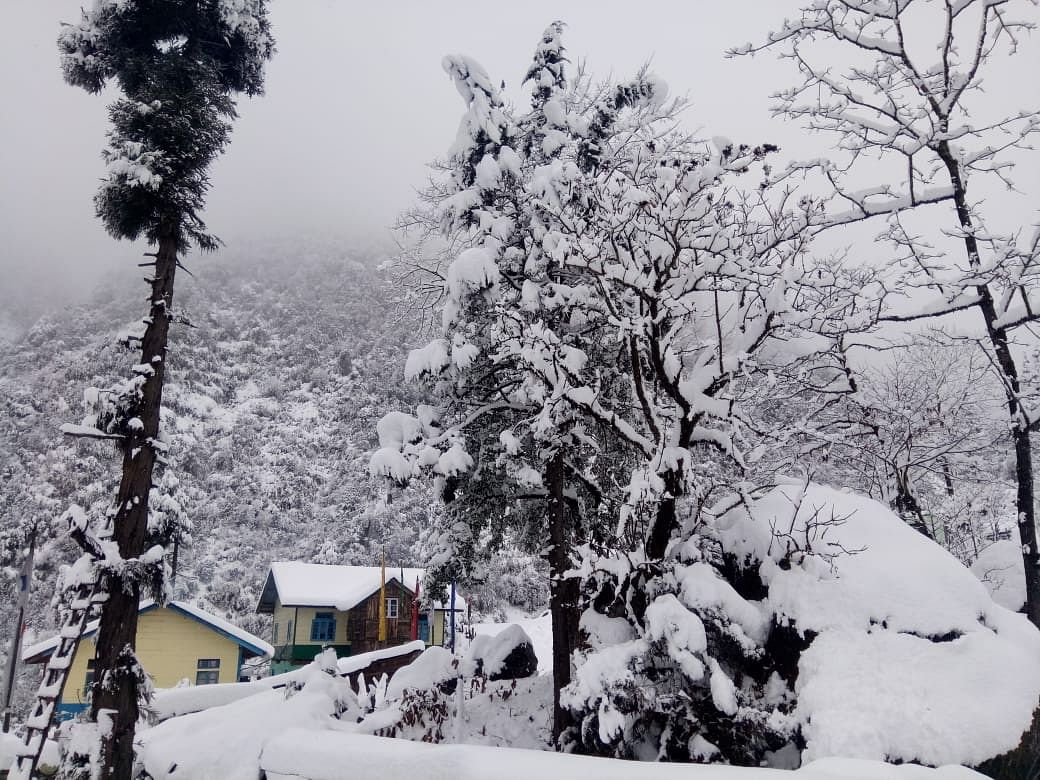 WATCH | Lachung Valley in Sikkim covered in white blanket of snow