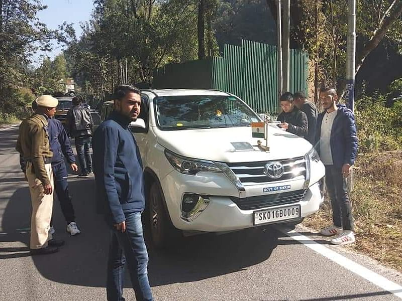 MV Act drive: Sikkim ministers lead by example, get cars checked