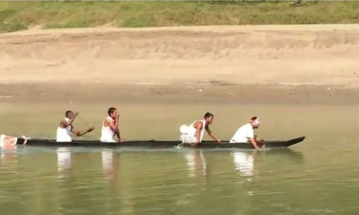 Amid CAA protests, traditional boat race attracts many in Nazira