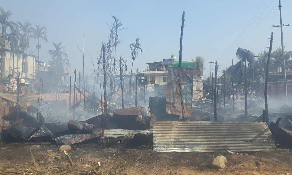 Nagaland: Fire breaks out in Dimapur's Burma Camp area | LIVE