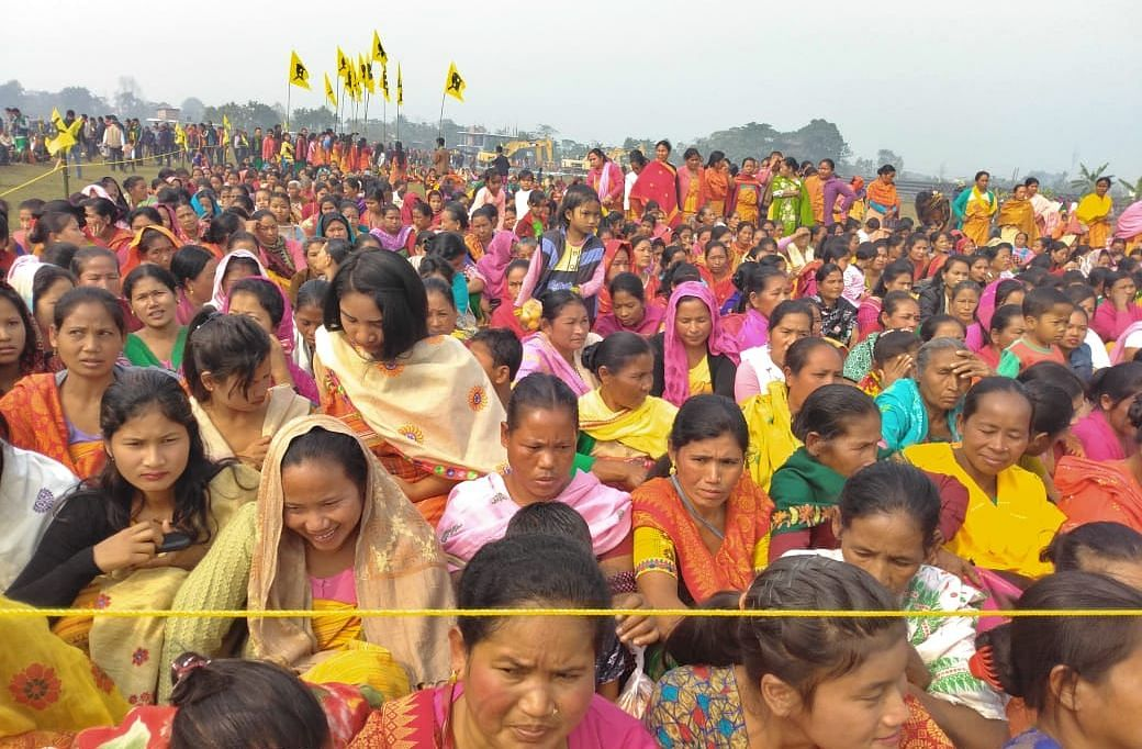 People in large numbers gathered to welcome the signatories of the Bodo Peace Accord at Kajalgaon in Chirang district on Tuesday