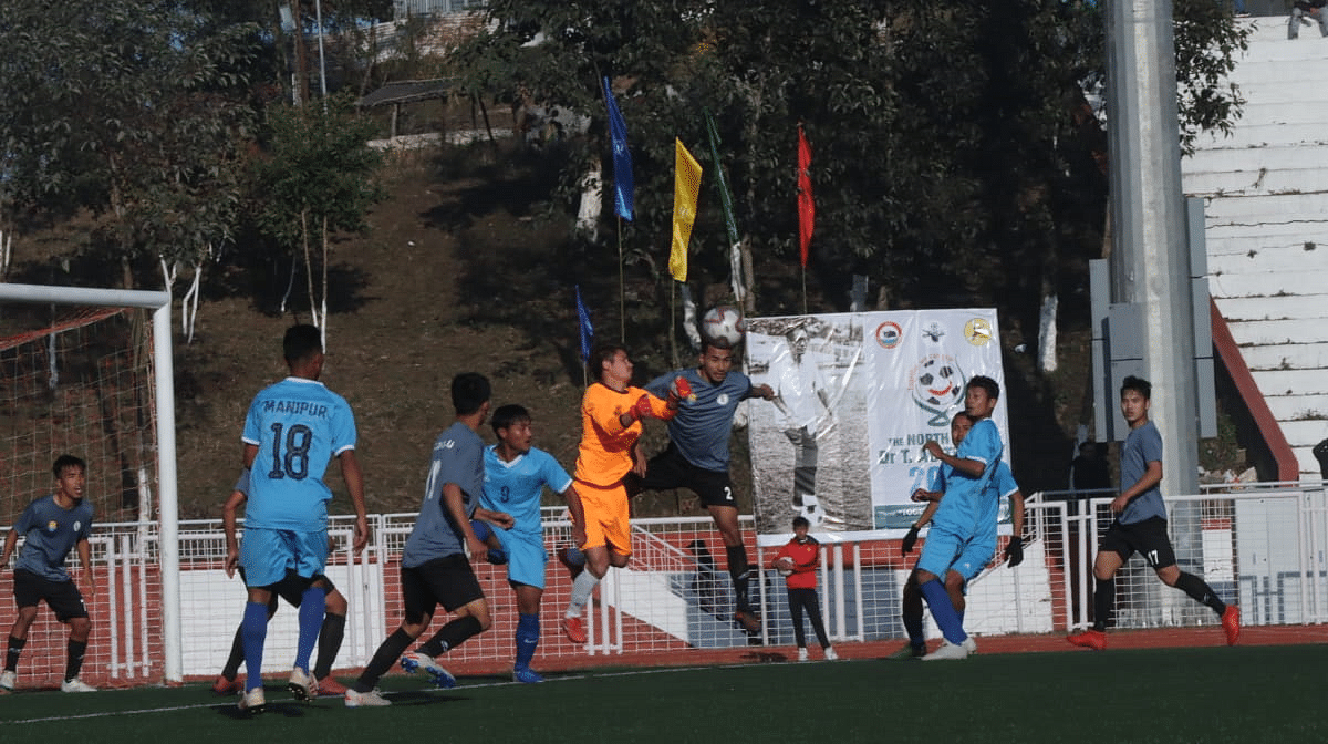Manipur (in blue) and Arunachal Pradesh (in grey) settled for a 1-1 draw on Wednesday