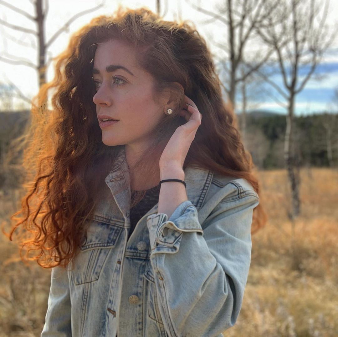 Denim jackets can find its way in your wardrobe even in autumn season as well
