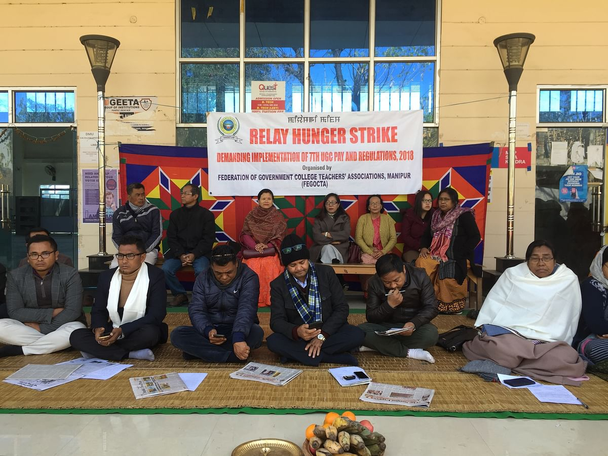 Manipur: College teachers' relay hunger strike enters third day
