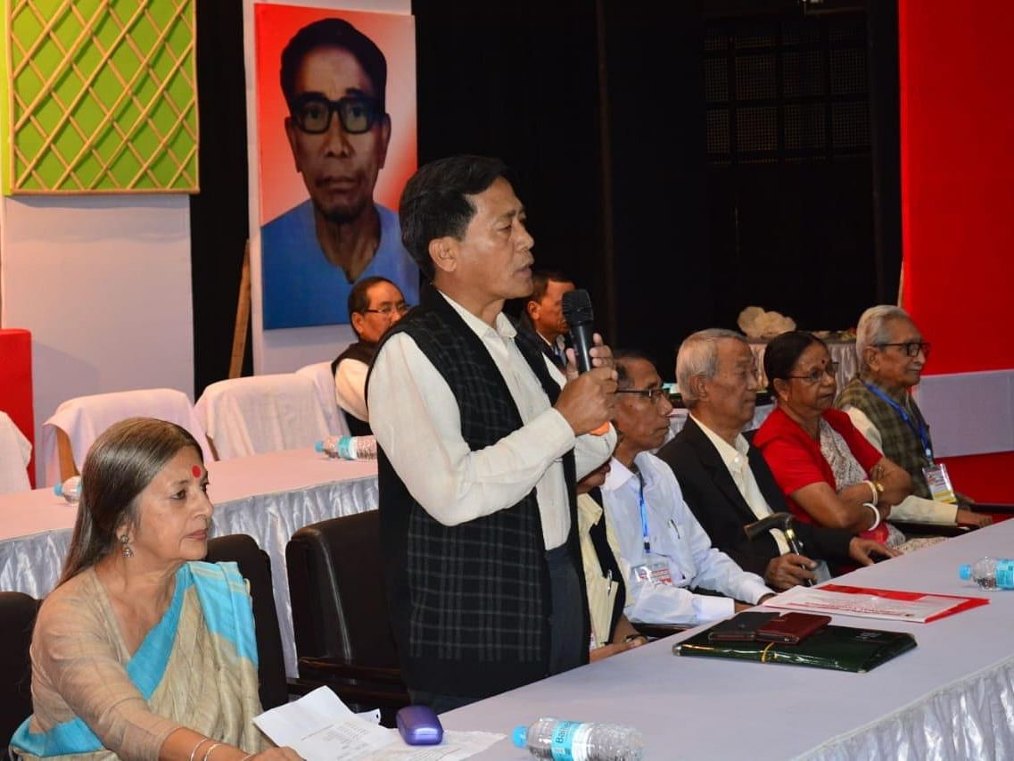 Tripura Left Front wing passes resolution to reconnect with youths