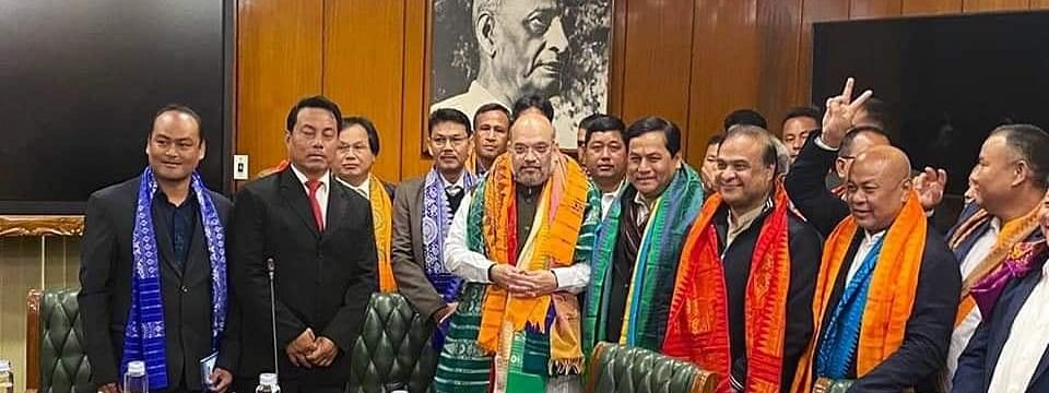 Bodo leaders soon after signing the Bodo peace accord in New Delhi